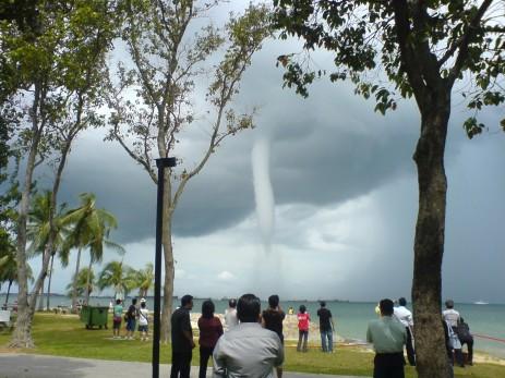 tornado-in-penang1.jpg
